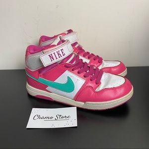 Nike Morgan Mid 2 kids Sz 3.5y